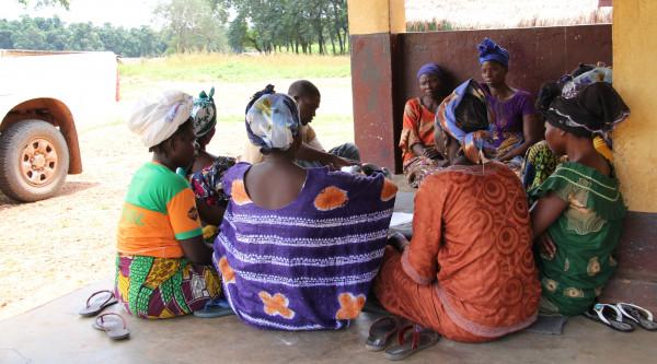 Prevenire e rispondere alla violenza di genere attraverso la partecipazione delle donne