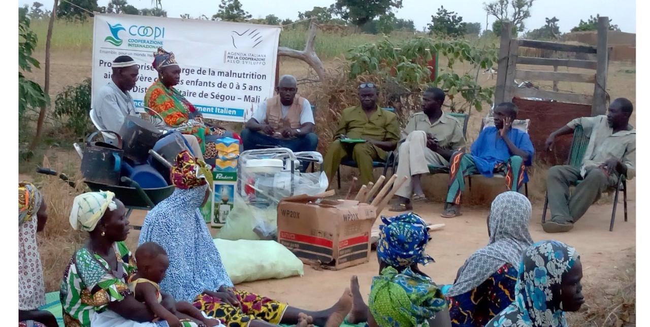 Mali: raising awareness among the women's community to fight against malnutrition